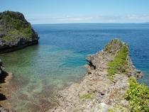 真栄田岬の青の洞窟
